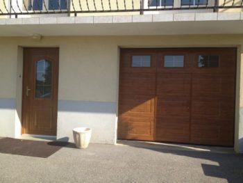 Installation de Porte de garage et de porte d'entrée Chêne doré, à Saint Yrieix la Perche