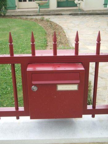 Intégration Boite aux lettres dans un portail à Limoges et sa région