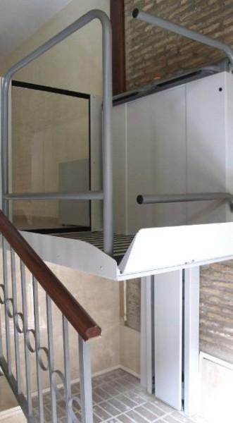 Installateur de plate forme élévatrice sur mesure, à Limoges et en Haute Vienne