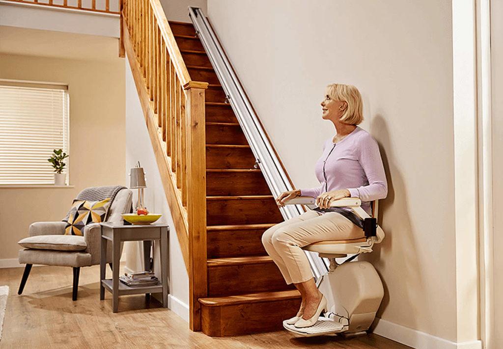 Installation de monte-escaliers droit à Limoges et en Limousin
