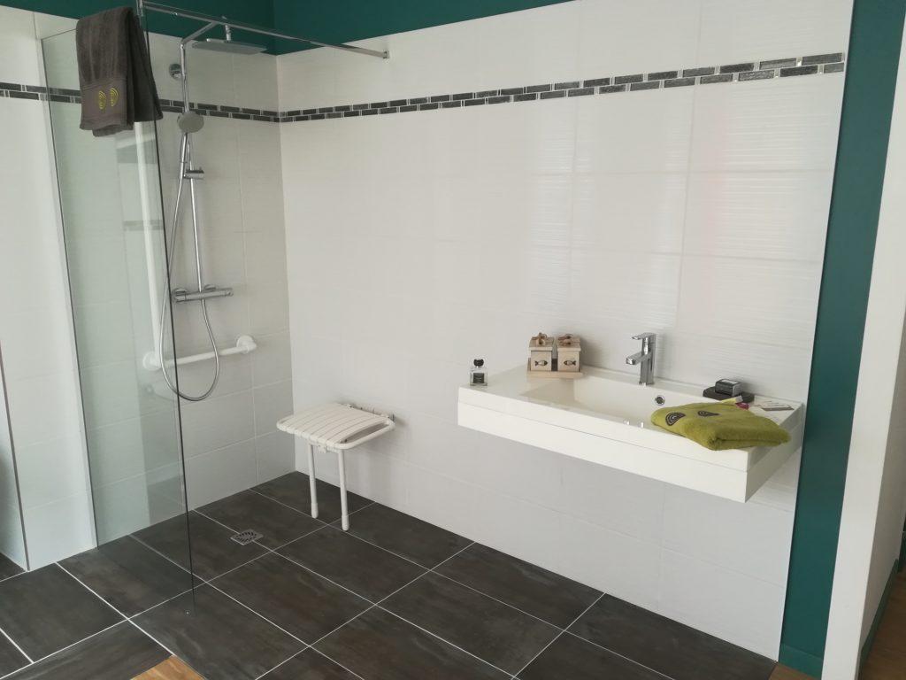 Installation de Salle de bains accessible à Couzeix et en Haute Vienne